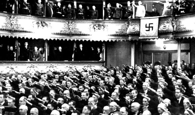 Stavovské divadlo – slavnost připojení pražské Německé Karlovy Univerzity ke svazku říšských vysokých škol (4. 11. 1939)