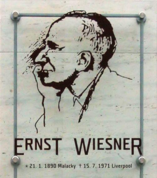 Pamětní deska E. Wiesnerovi v Brně