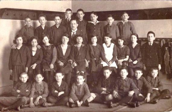 2. tř. 1921/22 tř. prof. Armin Lemberger