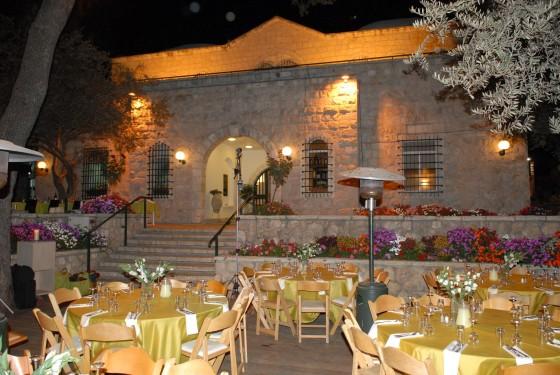 Kavárna v zahradě domu Anny a Alberta Ticho